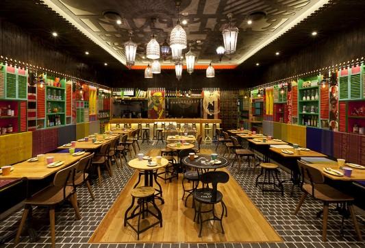 Ресторан тайской кухни Tanoon Mai в Сиднее
