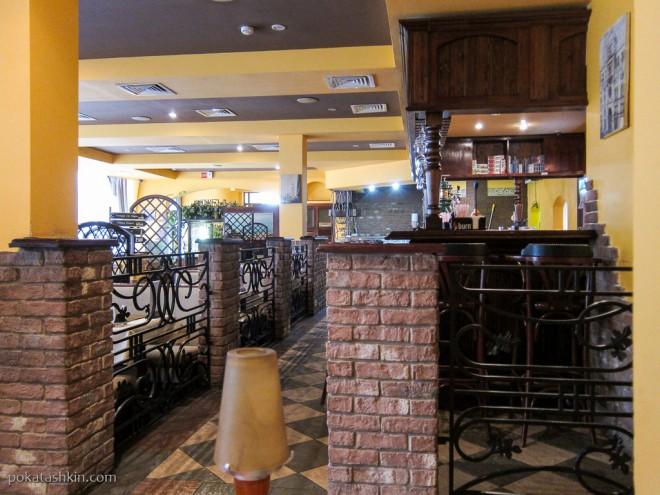 Ресторан «Итальянская кухня»: стойка бара