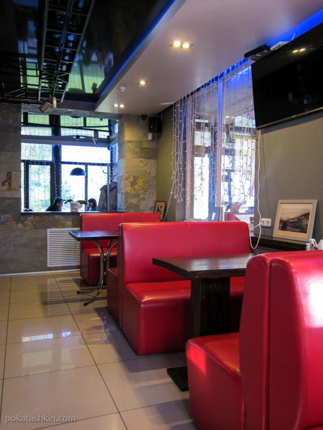 Интерьер кафе «Кокос» (Мозырь)