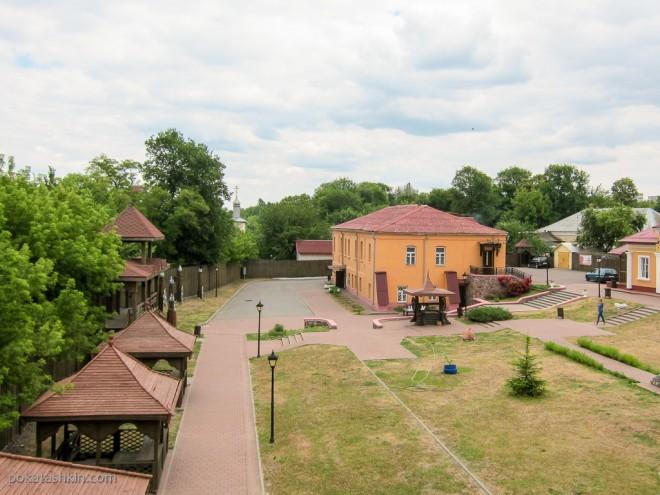 Вид из Оружейной башни, Мозырский замок