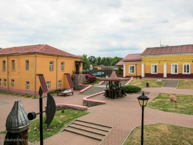 Территория Мозырского замка