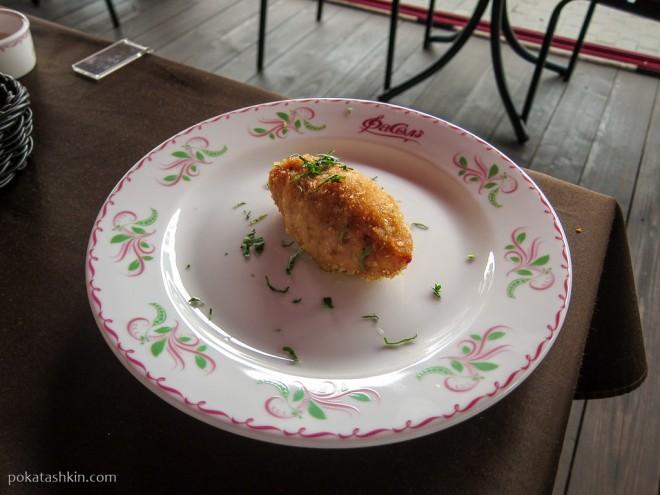 Зразы куриные с яйцом и луком