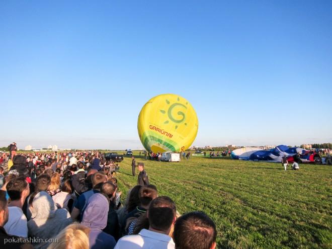 Попытка запуска воздушных шаров...