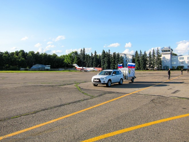Участники фестиваля авиационного спорта «Мирное небо» в Минске