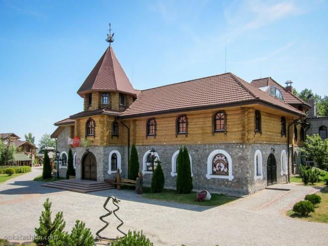 Ресторан «Замок Зеваны» (Коробчицы)