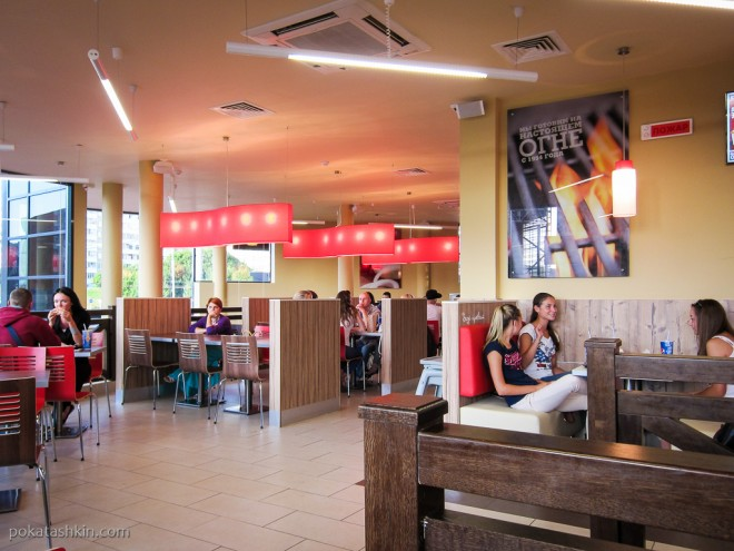 Интерьер ресторана «Burger King» / «Бургер Кинг», ул. Притыцкого, 154 (Минск)