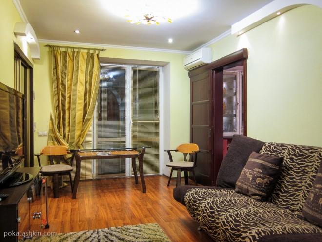 2-комнатная квартира, пр-т Независимости, 52 (Минск)