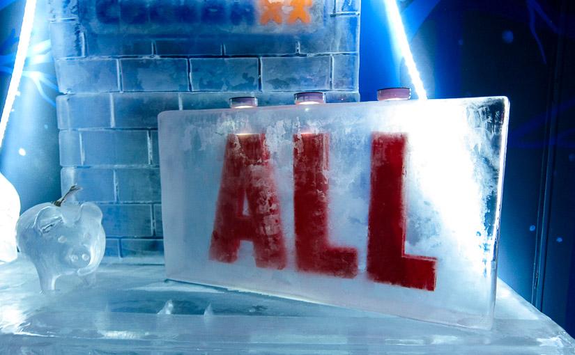 Ледяная комната Деда Мороза в торговом центре «ALL» (Минск)