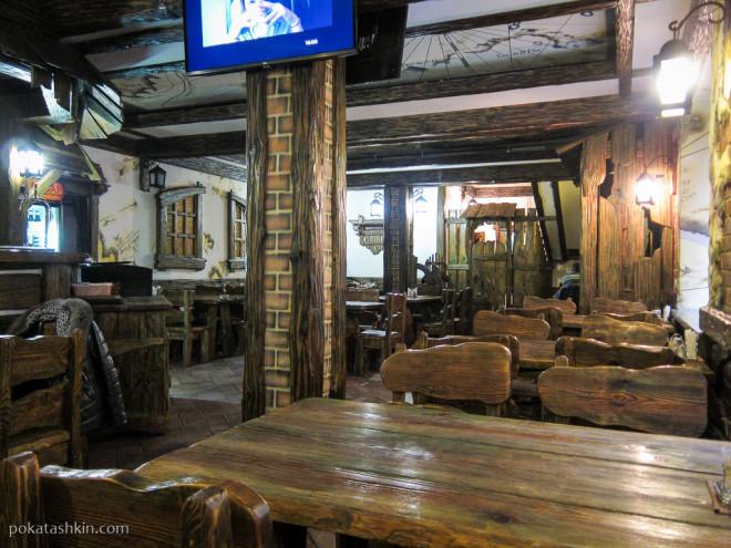 Интерьер кафе «Магеллан» (Гомель)