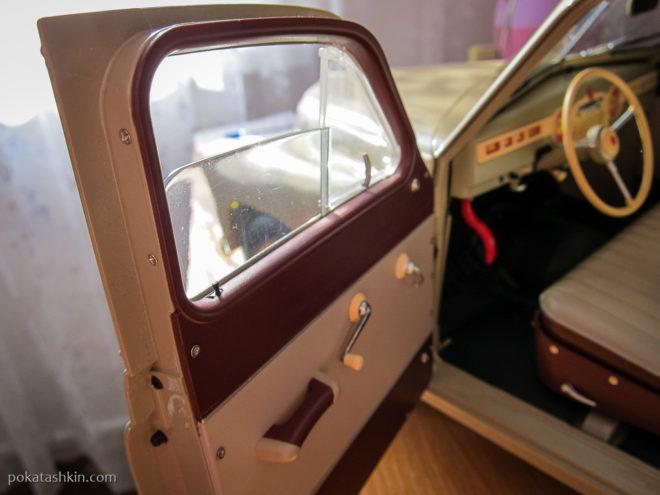 Модель автомобиля ГАЗ-М-20 «Победа» в масштабе 1:8