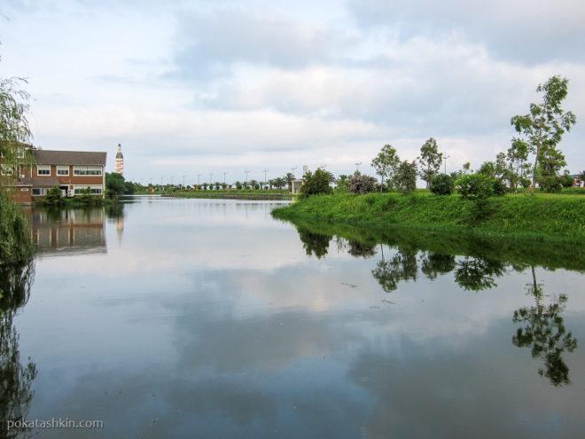 Батуми. Озеро