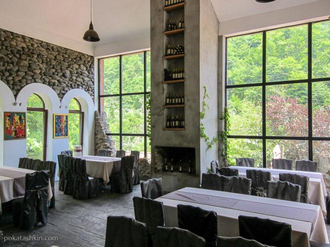 Ресторан в Аджарском доме вина