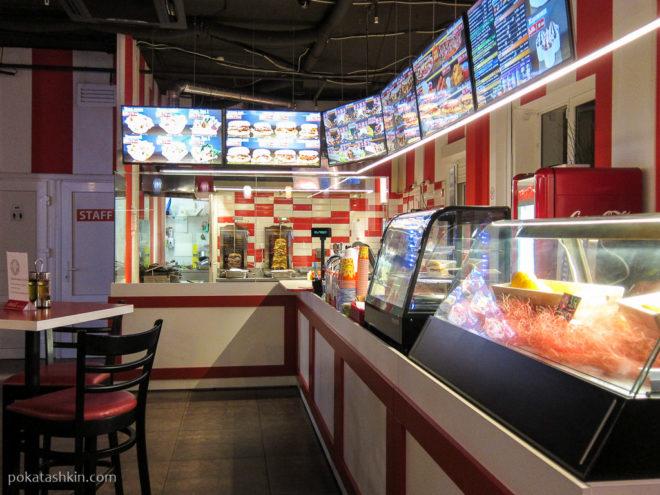 Интерьер кафе «Донер Кебаб» / «Döner Kebab» (Минск)