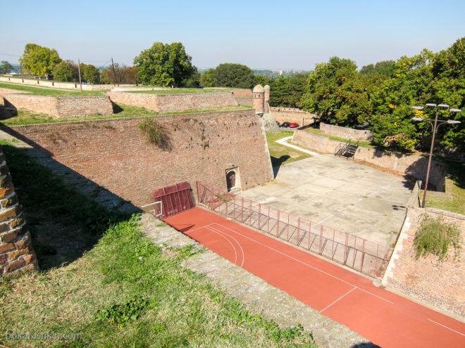 Спортивные сооружения в Белградской крепости