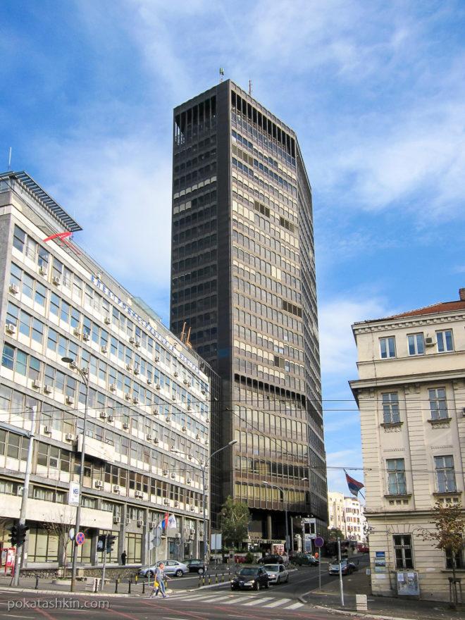 Высотка в Белграде