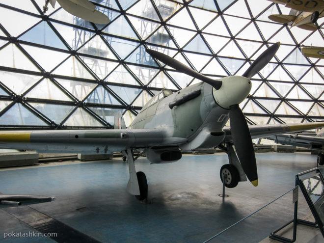 БританскийHawker Hurricane MK-IV RP(Хоукер Харрикейн)