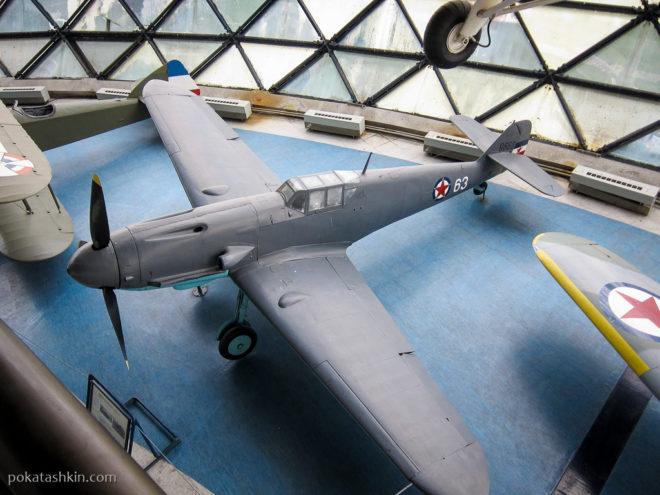 Немецкийистребитель Messerschmitt BF-109 G-2 (Мессершмитт)