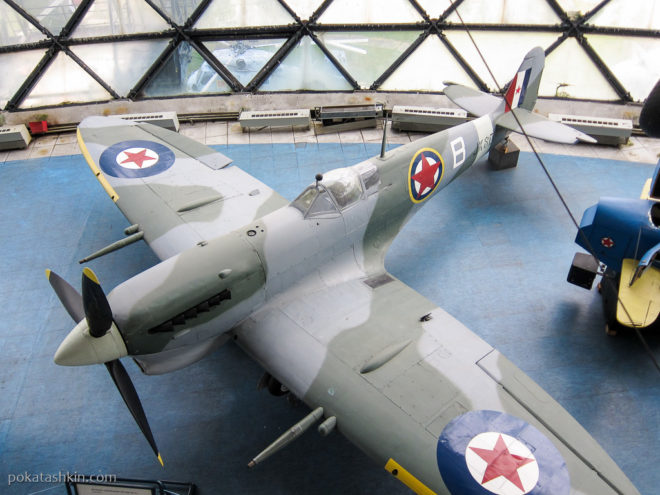 Британский истребительSupermarine SpitfireMk.Vc Trop (Супермарин Спитфайр)
