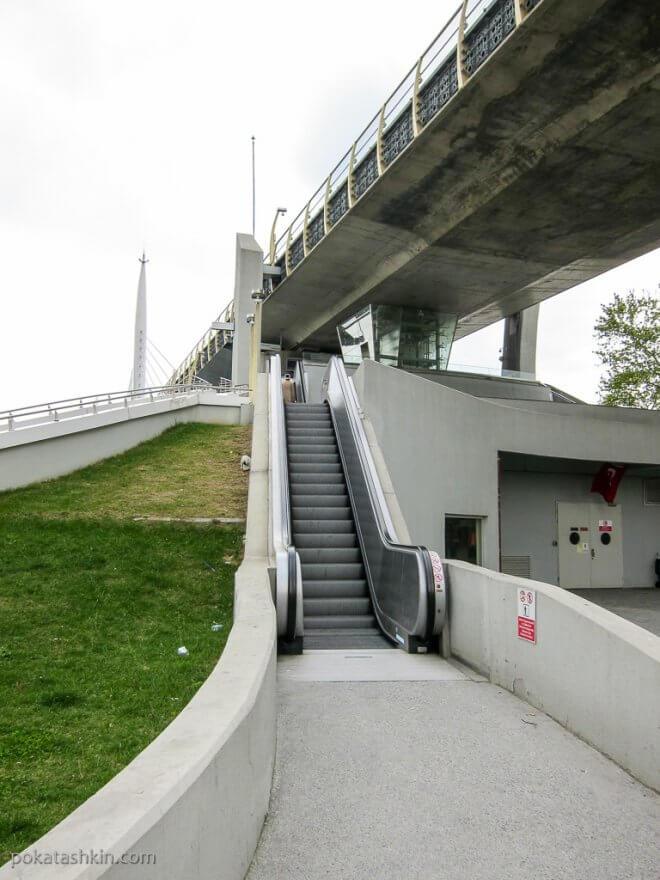 Эскалатор под открытым небом