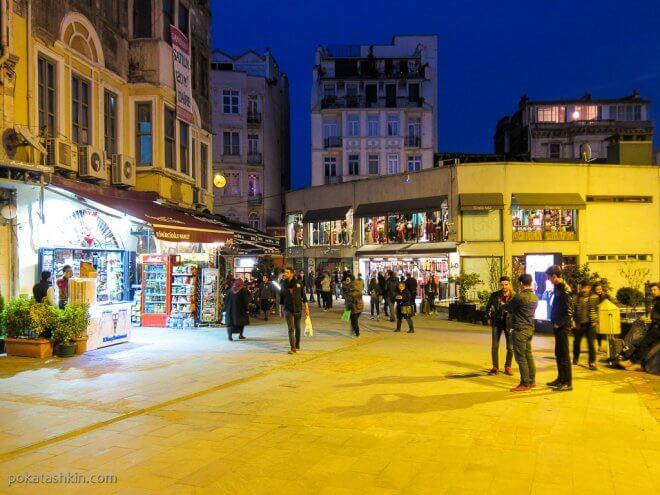 Ночные улицы Стамбула
