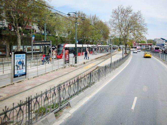 Конечная остановка трамвая T1 Кабаташ (Kabataş)