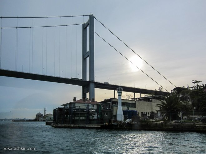 Босфорский мост (Мост Мучеников 15 июля)