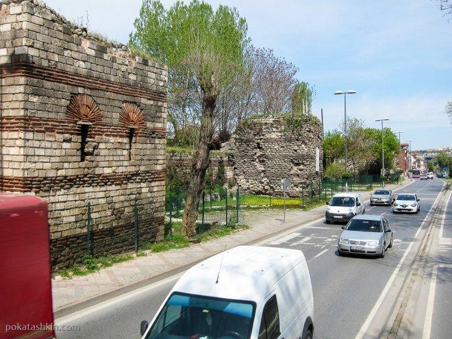 Древние стены Константинополя