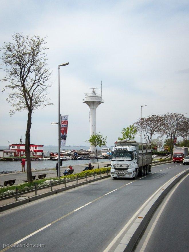 Башня с радаром