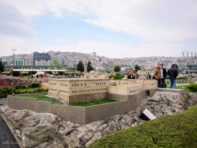 Дворец Исхак-паши