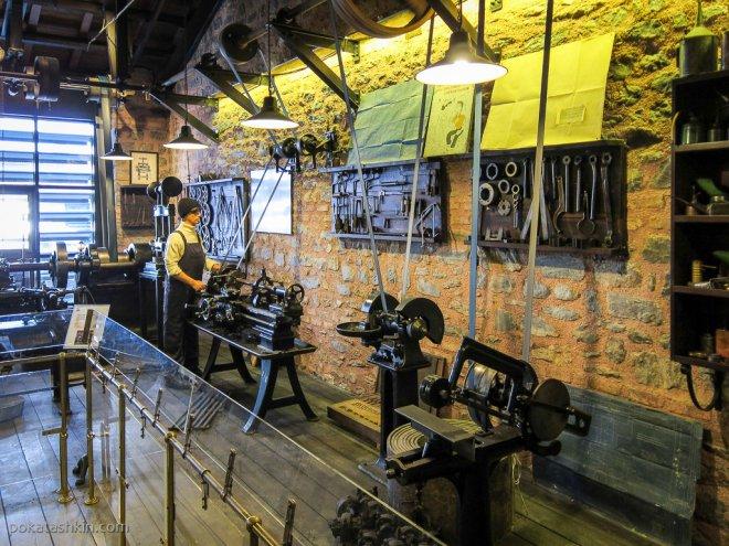 Цех металлообработки в музее Рахми Коча