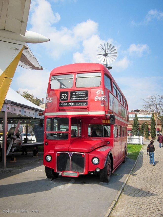 Лондонский даблдеккер Leyland Routemaster