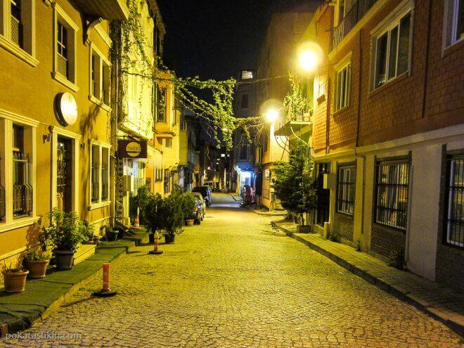 Ночная улица Стамбула