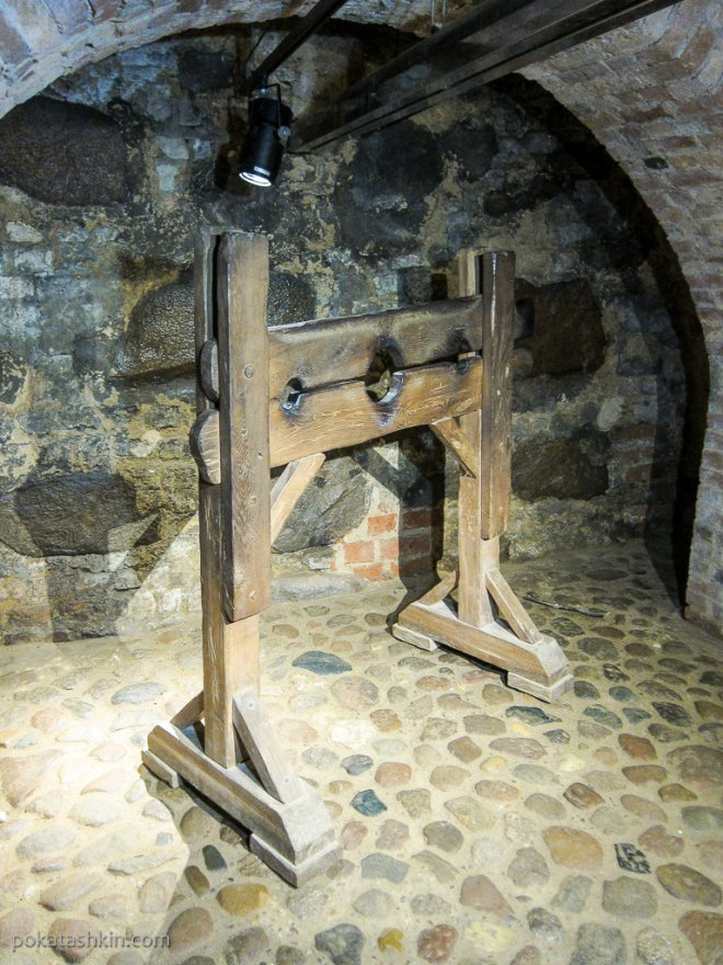 Тюремный подвал в Мирском замке