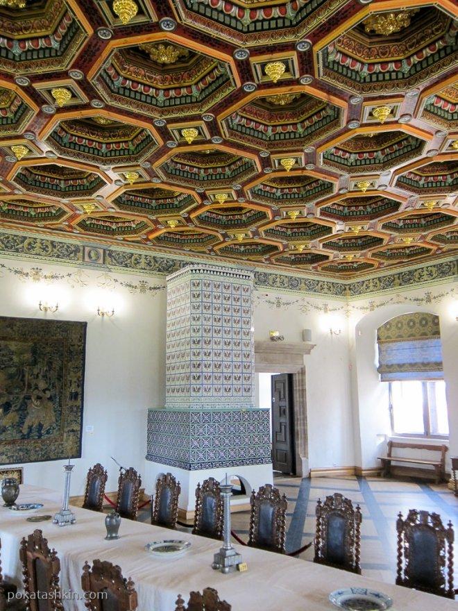 Обеденный зал в Мирском замке