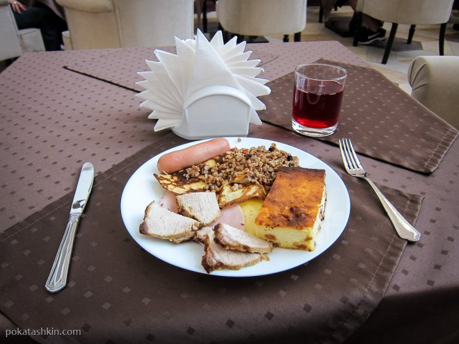 "Завтрак ""Шведский стол"" (гостиница «Минин» / Minin Hotel)"