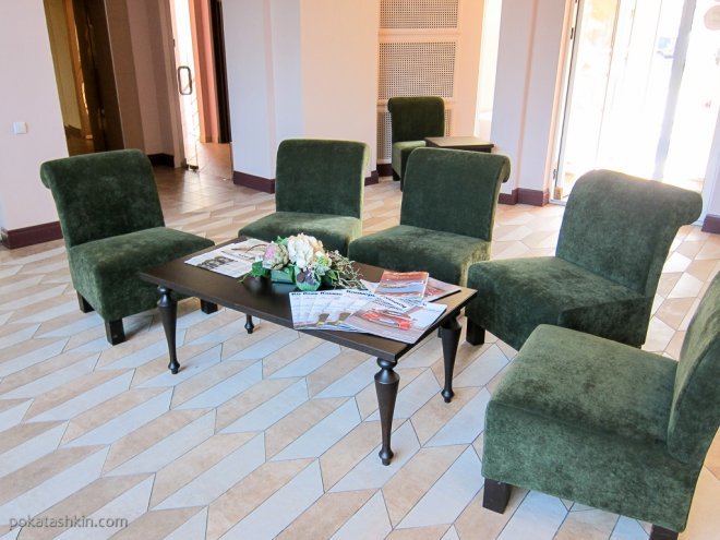Холл (гостиница «Минин» / Minin Hotel)