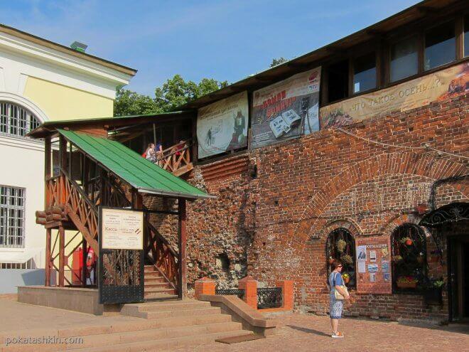 Нижегородский кремль: лестница на стену