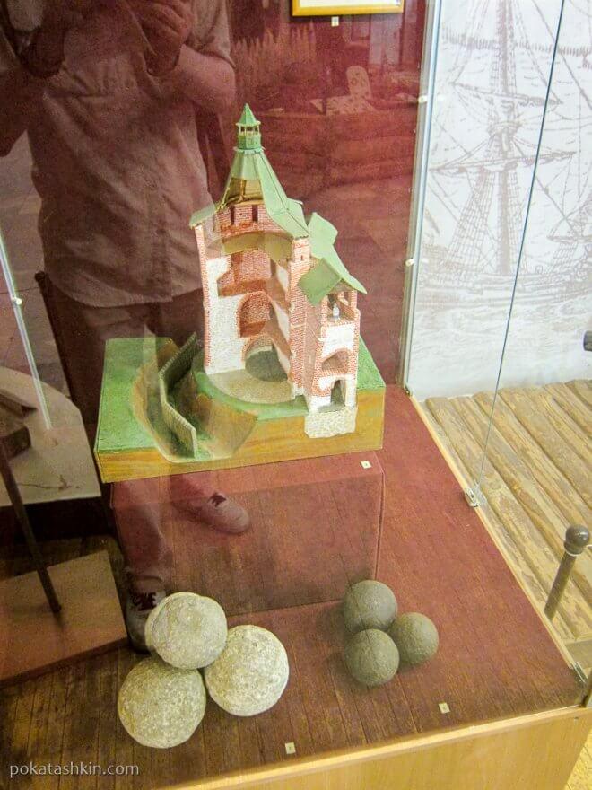 Выставочный зал в Дмитриевской башне