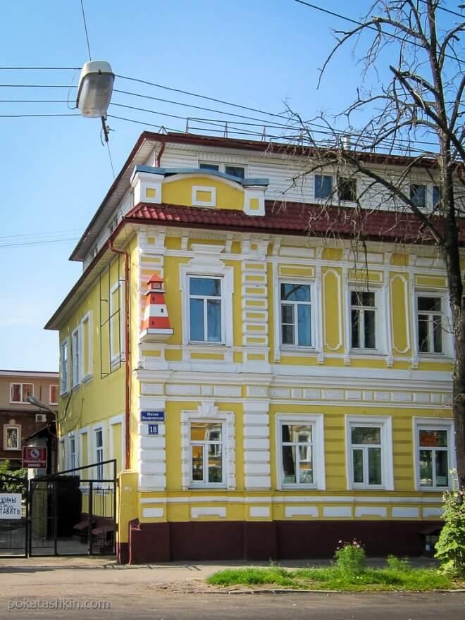 Дом с полосатой башней (Нижний Новгород)