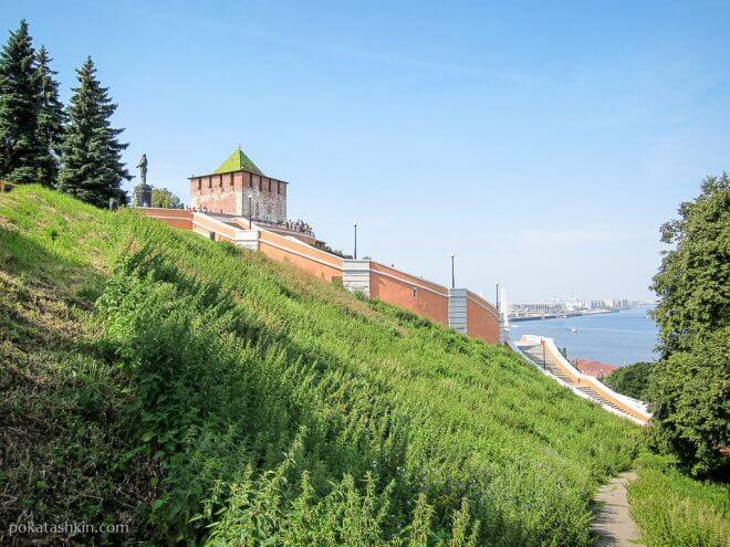 Чкаловская лестница и Нижегородский кремль (Нижний Новгород)