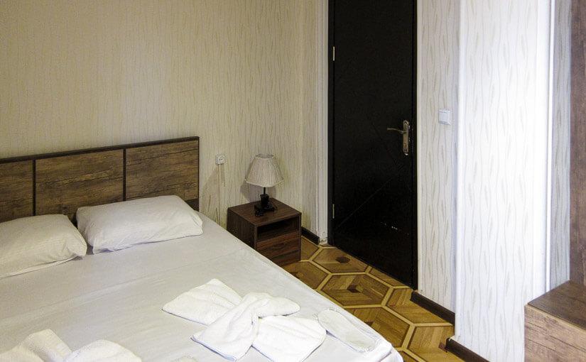 Bon Voyage: №35: Hotel Old Villa Metekhi ** (Тбилиси)
