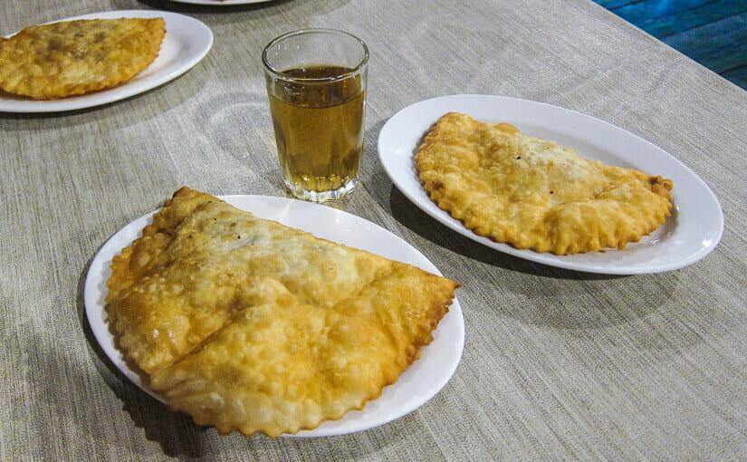 Bon Appetit: №349: Чебуречная «Абанотубани» / Сачебуреке «Абанотубанши» (Тбилиси)
