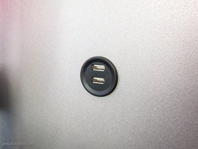 USB зарядка в грузинском автобусе