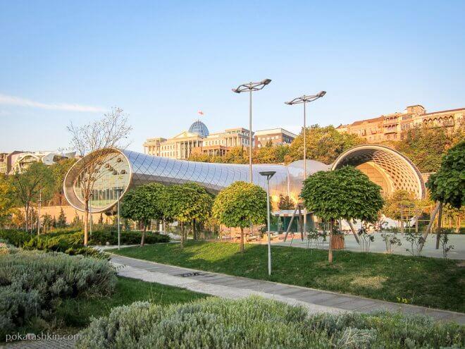 Культурный центр в Тбилиси