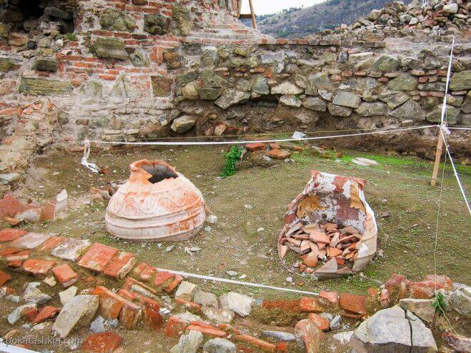 Археологические раскопки в Тбилиси