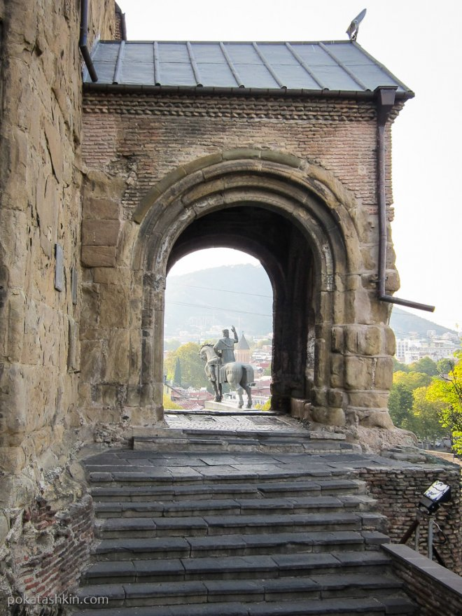 Храм Метехи
