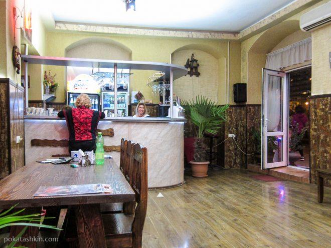 Интерьер кафе «Палермо» (Тбилиси)