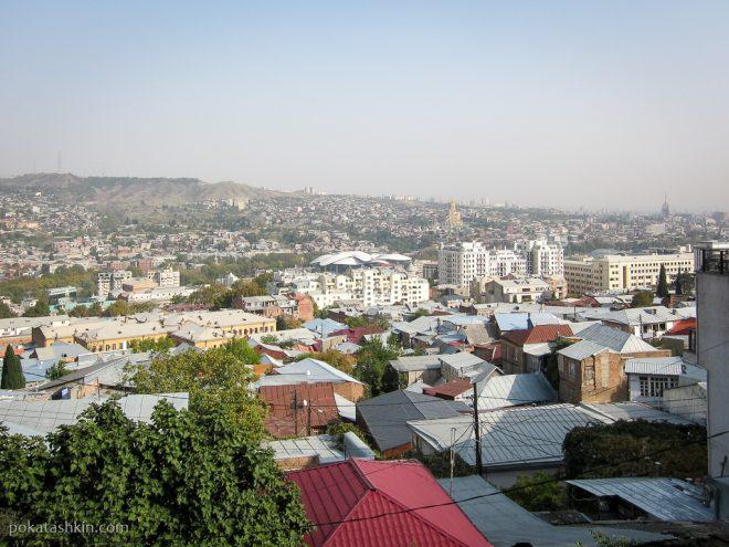 Район станции метро Руставели в Тбилиси
