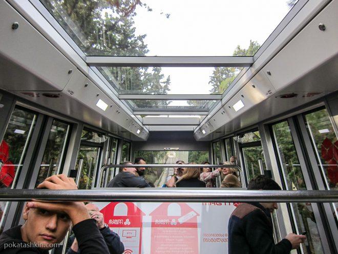Тбилисский фуникулёр: вагончик