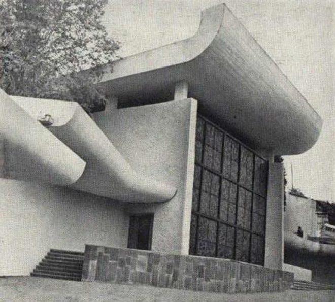 Нижняя станция тбилисского фуникулёра во времена СССР